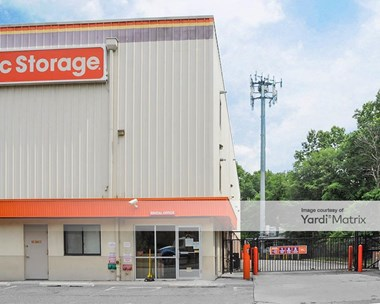 Storage Units for Rent available at 1107 Goethals Road North, Staten Island, NY 10303 Photo Gallery 1