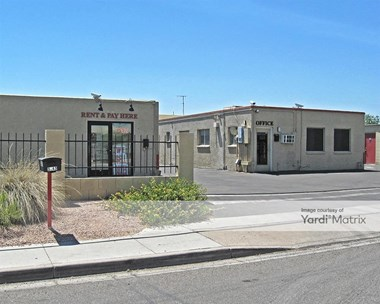 Storage Units for Rent available at 3043 East Bell Road, Phoenix, AZ 85032 Photo Gallery 1