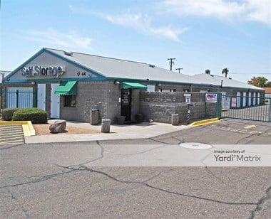 Storage Units for Rent available at 17244 North 19th Avenue, Phoenix, AZ 85023 Photo Gallery 1