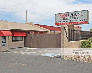 Storage Units for Rent available at 10622 West Indian School Road, Phoenix, AZ 85037