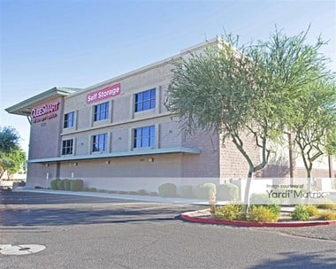 Storage Units for Rent available at 17275 North Litchfield Road, Surprise, AZ 85374 Photo Gallery 1