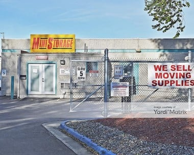 Storage Units for Rent available at 2401 3rd Avenue, Longmont, CO 80503 Photo Gallery 1