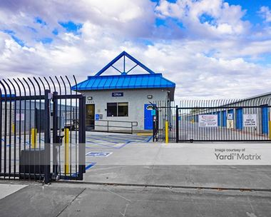Storage Units for Rent available at 13533 Powhatan Court, Apple Valley, CA 92308 Photo Gallery 1