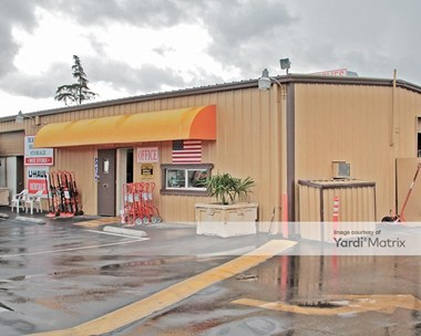 Storage Units for Rent available at 16401 Lakeshore Drive, Lake Elsinore, CA 92530 Photo Gallery 1