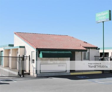 Storage Units for Rent available at 250 North Cota Street, Corona, CA 92880 Photo Gallery 1