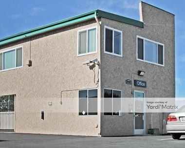 Storage Units for Rent available at 10192 Linden Avenue, Bloomington, CA 92316