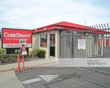 Storage Units for Rent available at 210 West Bonnie View Drive, Rialto, CA 92376 Photo Gallery 1