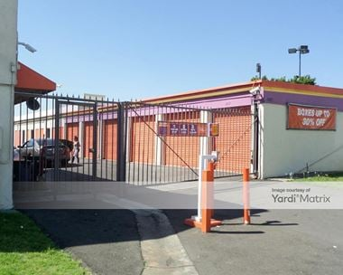 Storage Units for Rent available at 10833 South Prairie Avenue, Inglewood, CA 90303