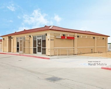 Storage Units for Rent available at 16422 Adelanto Road, Adelanto, CA 92301 Photo Gallery 1