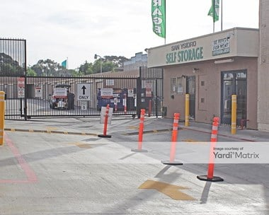 Storage Units for Rent available at 644 East San Ysidro Blvd, San Ysidro, CA 92173 Photo Gallery 1