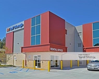Storage Units for Rent available at 2740 Garnet Avenue, San Diego, CA 92109 Photo Gallery 1