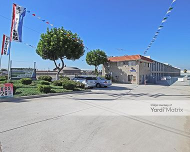 Storage Units for Rent available at 13633 Rosecrans Avenue, Santa Fe Springs, CA 90670