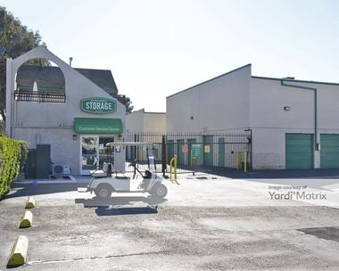 Storage Units for Rent available at 4664 Lincoln Avenue, Cypress, CA 90630