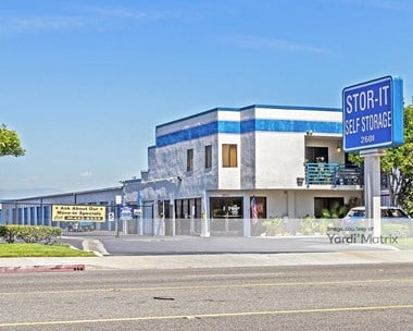 Storage Units for Rent available at 2601 East South Street, Long Beach, CA 90805 Photo Gallery 1
