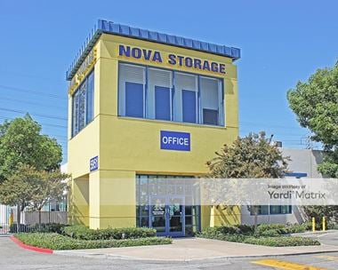 Storage Units for Rent available at 5951 Firestone Blvd, South Gate, CA 90280