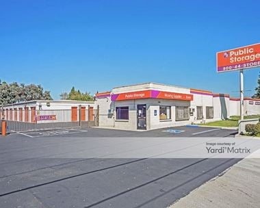 Storage Units for Rent available at 1421 East Del Amo Blvd, Carson, CA 90746