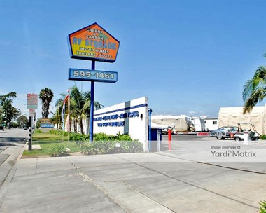 Storage Units for Rent available at 4160 Cherry Avenue, Long Beach, CA 90807 Photo Gallery 1
