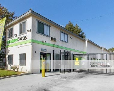 Storage Units for Rent available at 305 South Long Beach Blvd, Compton, CA 90221