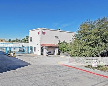 Storage Units for Rent available at 4155 North Flowing Wells Road, Tucson, AZ 85705 Photo Gallery 1