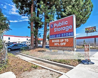 Storage Units for Rent available at 18175 Chatsworth Avenue, Granada Hills, CA 91344 Photo Gallery 1