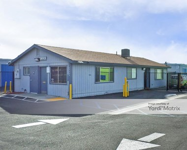 Storage Units for Rent available at 43707 Sierra Hwy, Lancaster, CA 93534 Photo Gallery 1