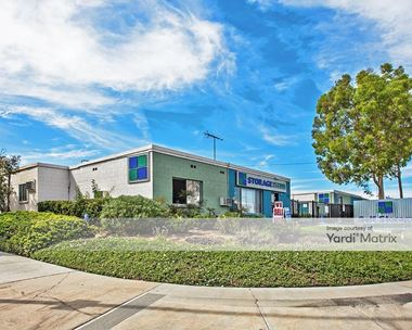 Storage Units for Rent available at 8111 Deering Avenue, Canoga Park, CA 91304 Photo Gallery 1