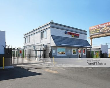 Storage Units for Rent available at 4180 Boulder Hwy, Las Vegas, NV 89121 Photo Gallery 1