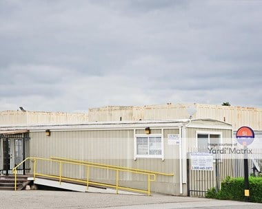 Storage Units for Rent available at 51 West Hornet Avenue, Alameda, CA 94501 Photo Gallery 1
