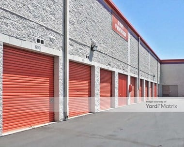 Storage Units for Rent available at 7500 Whitsett Avenue, North Hollywood, CA 91605 Photo Gallery 1