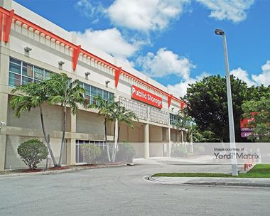 Storage Units for Rent available at 18400 NW 57th Avenue, Miami Gardens, FL 33015
