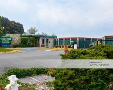 Storage Units for Rent available at 1775 Laurelwood Road, Santa Clara, CA 95054 Photo Gallery 1