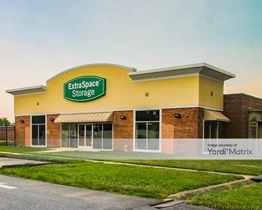 Storage Units for Rent available at 901 Southern Avenue SE, Oxon Hill, MD 20745 Photo Gallery 1