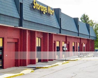 Storage Units for Rent available at 11325 Lee Hwy, Fairfax, VA 22030