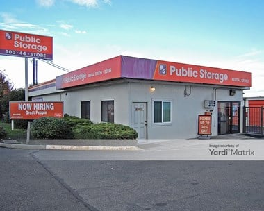 Storage Units for Rent available at 14034 1st Avenue South, Seattle, WA 98168 Photo Gallery 1