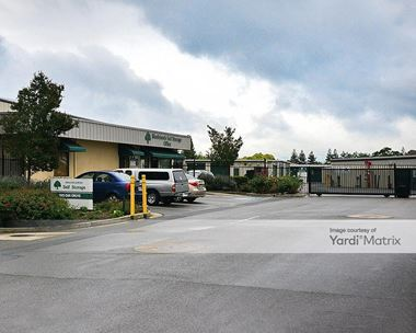 Storage Units for Rent available at 1925 Oak Grove Road, Walnut Creek, CA 94598