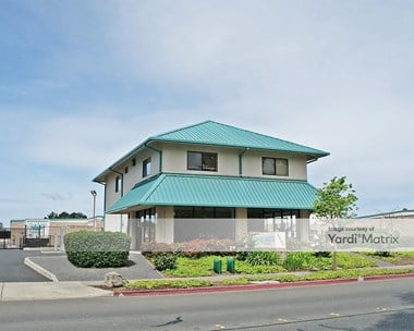 Storage Units for Rent available at 3205 Dutton Avenue, Santa Rosa, CA 95407 Photo Gallery 1