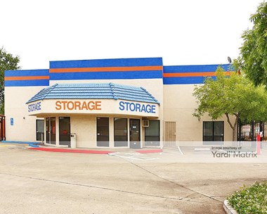 Storage Units for Rent available at 6108 Hazel Avenue, Orangevale, CA 95662 Photo Gallery 1