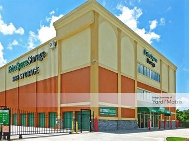 Storage Units for Rent available at 1419 Cobb Pkwy North, Marietta, GA 30062