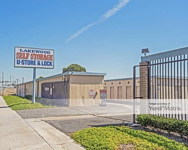 Storage Units for Rent available at 2100 Market Street, Lakewood, CA 90712 Photo Gallery 1