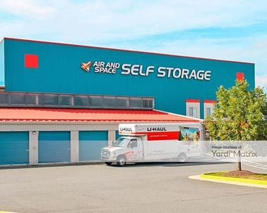 Storage Units for Rent available at 14560 Lee Road, Chantilly, VA 20151