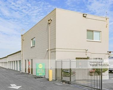 Storage Units for Rent available at 8671 Folsom Blvd, Sacramento, CA 95826