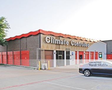 Storage Units for Rent available at 7043 Greenville Avenue, Dallas, TX 75231 Photo Gallery 1