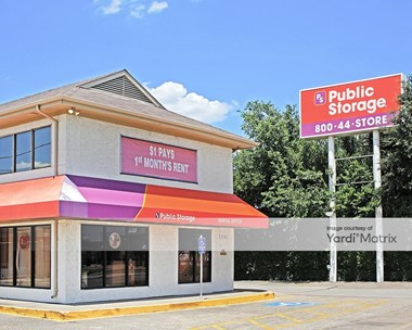 Storage Units for Rent available at 2861 Walnut Hill Lane, Dallas, TX 75229 Photo Gallery 1