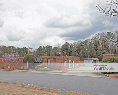 Storage Units for Rent available at 4268 Winters Chapel Road, Doraville, GA 30360 Photo Gallery 1