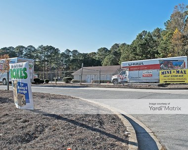 Storage Units for Rent available at 455 Victoria Road, Woodstock, GA 30189 Photo Gallery 1
