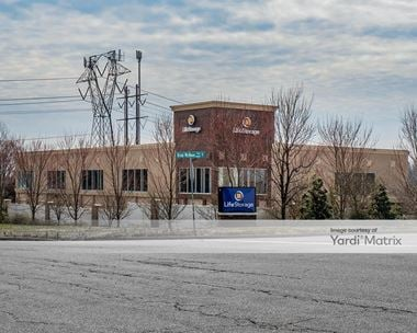 Storage Units for Rent available at 5300 Commonwealth Centre Pkwy, Midlothian, VA 23112