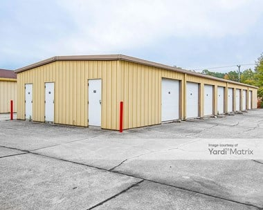 Storage Units for Rent available at 360 Wythe Creek Road, Poquoson, VA 23662 Photo Gallery 1