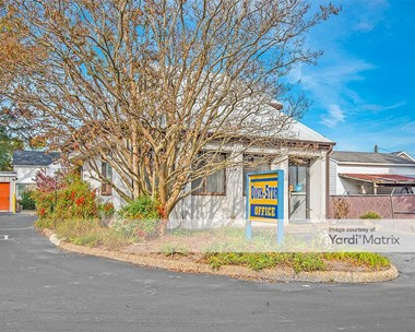 Storage Units for Rent available at 1213 North King Street, Hampton, VA 23669 Photo Gallery 1