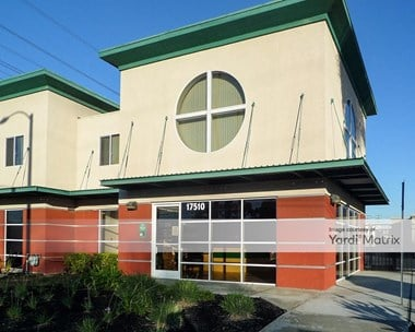 Storage Units for Rent available at 17510 South Figueroa Street, Gardena, CA 90248 Photo Gallery 1