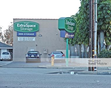 Storage Units for Rent available at 17701 Ibbetson Avenue, Bellflower, CA 90706